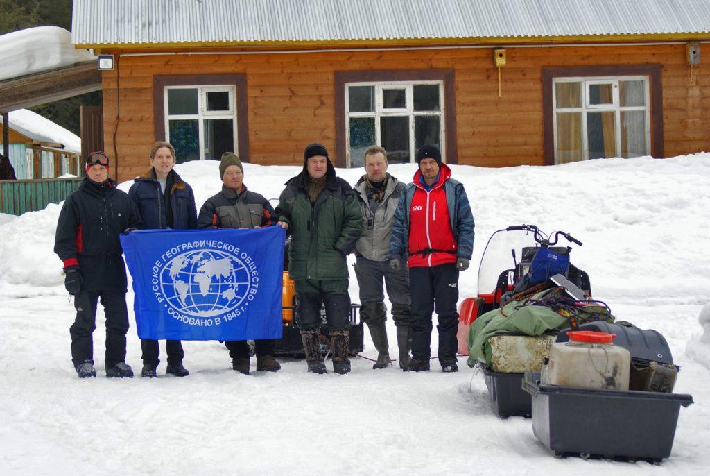 По льдам и торосам Онежского озера под флагом РГО
