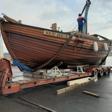 Шхуна вытегорских корабелов «Онежская жемчужина» поставлена на ремонт.