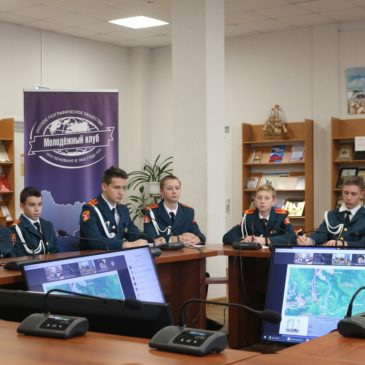 Водно-волоковые пути Русского Севера обсудили юные корабелы из Вытегры с учеными