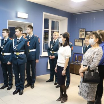"""В кадетской школе """"Корабелы Прионежья"""" открыли музей, начав с военной экспозиции"""